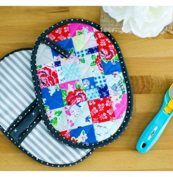 Patchwork Potholder with Pockets Free Sewing Pattern