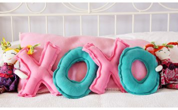 DIY XO Pillows Free Sewing Pattern